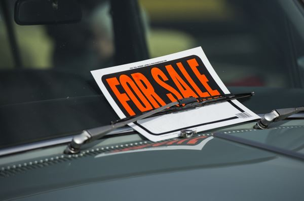 7 Crucial Things to Consider When Buying a Car