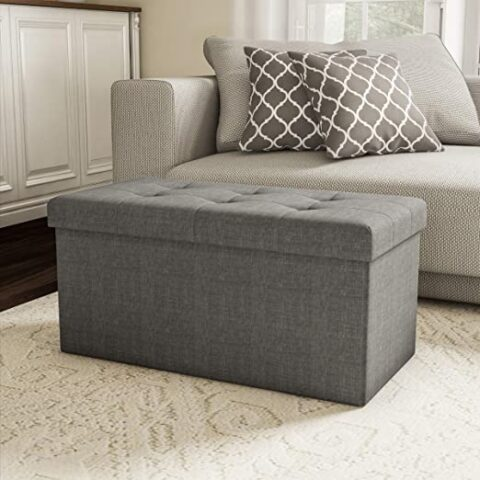 Moroccan floor pillows and poufs decore