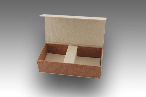 Magnetic Rigid Packaging