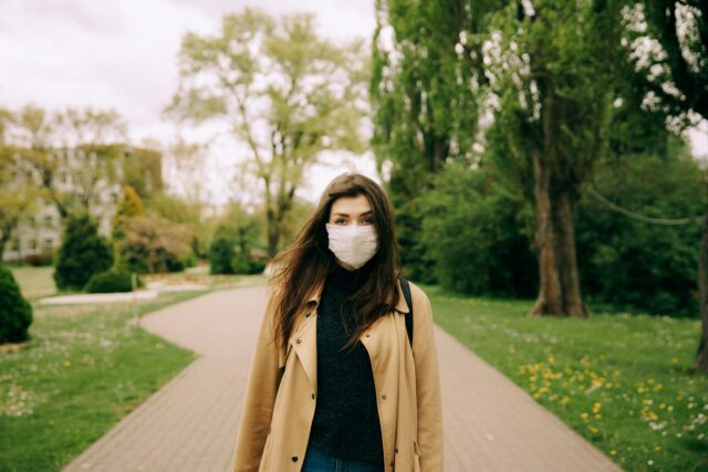 How Face Protection Masks Can Stop the Spread of Covid-19