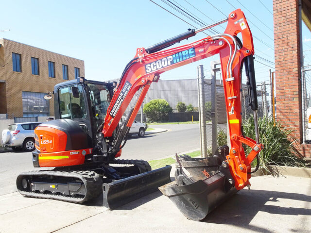 The benefits of hiring an excavator for construction projects