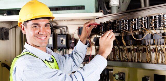 Hiring an Electrician Contractor