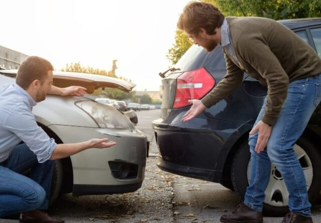 What Auto Accident Lawyer Fees Should I Expect
