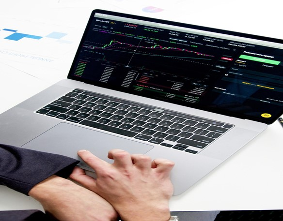 Analysing stocks using a stock screener.