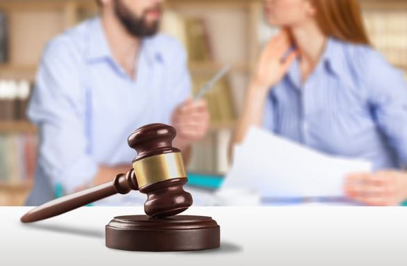How to Find a Divorce Lawyer