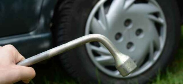 When Should Someone Change the Tyres of a Car