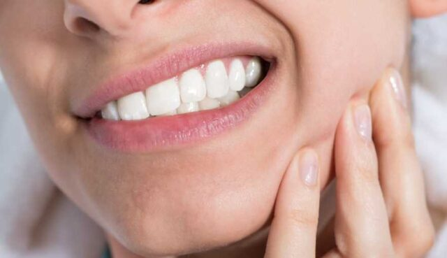 Top 5 Natural Ways to Treat Tooth Pain