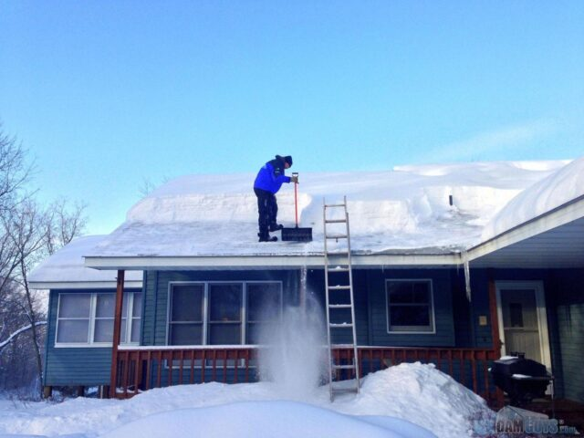 Snow load - How much snow can a roof withstand